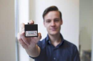 microflduic liquid flow sensor