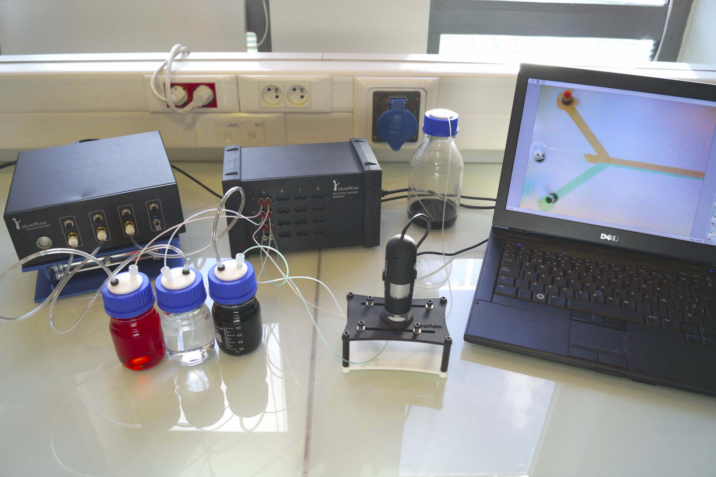 Microfluidic drug switch full setup
