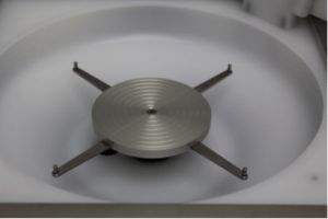 Choose-a-spin-coater-for-SU-8-photolithography-chuck