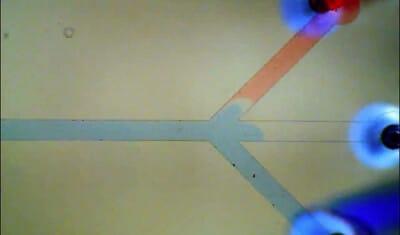 Microfluidic flow switch