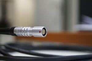 Microfluidics fluid pressure sensor inline M8