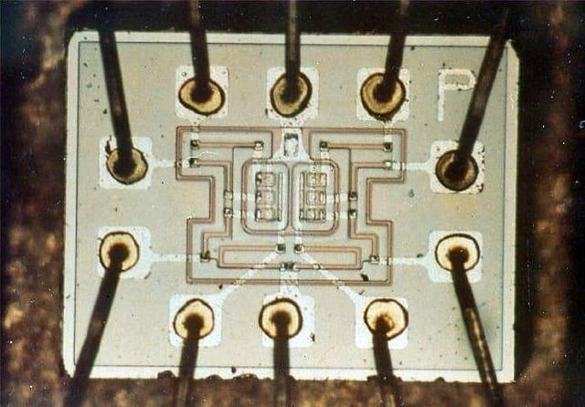 microchip in microfluidics