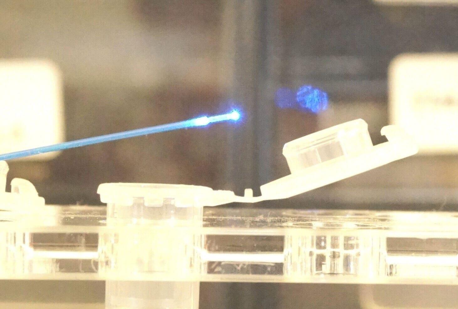 Optoreader Fluorescence on Pto Pressure Sensor
